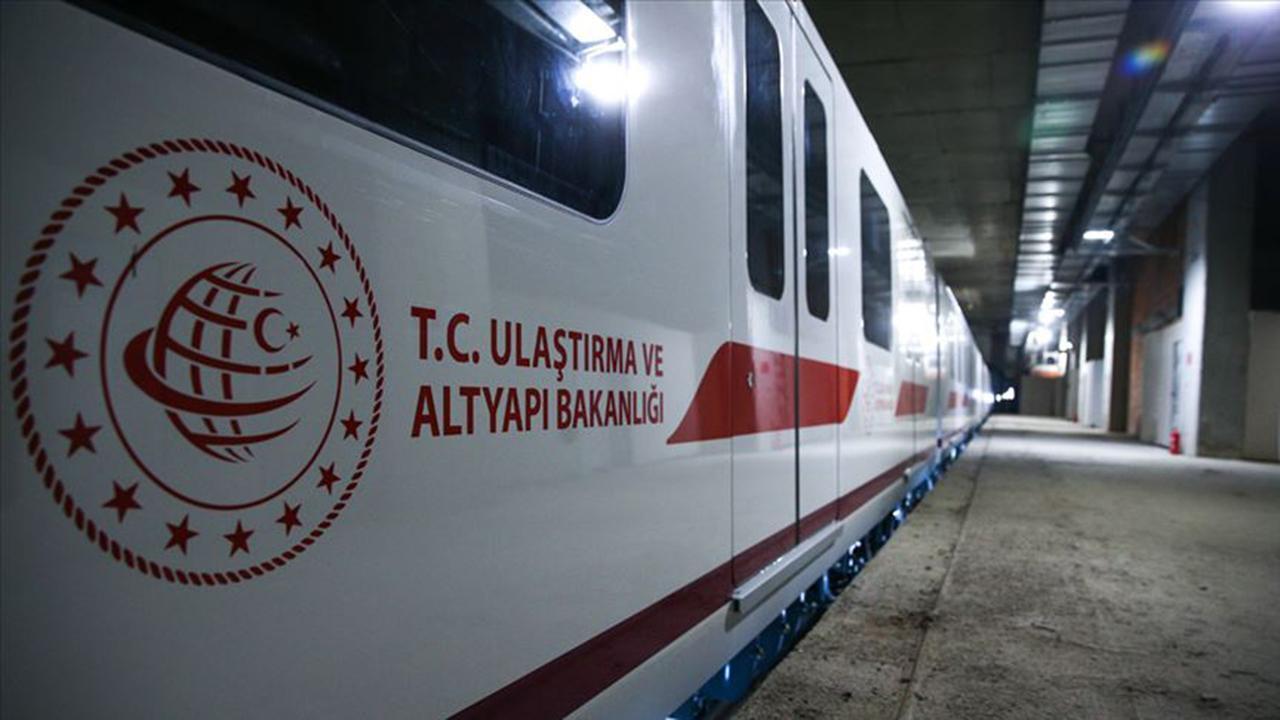 Ulaştırma Bakanı duyurdu! İstanbul'a iki raylı sistem hattı daha geliyor